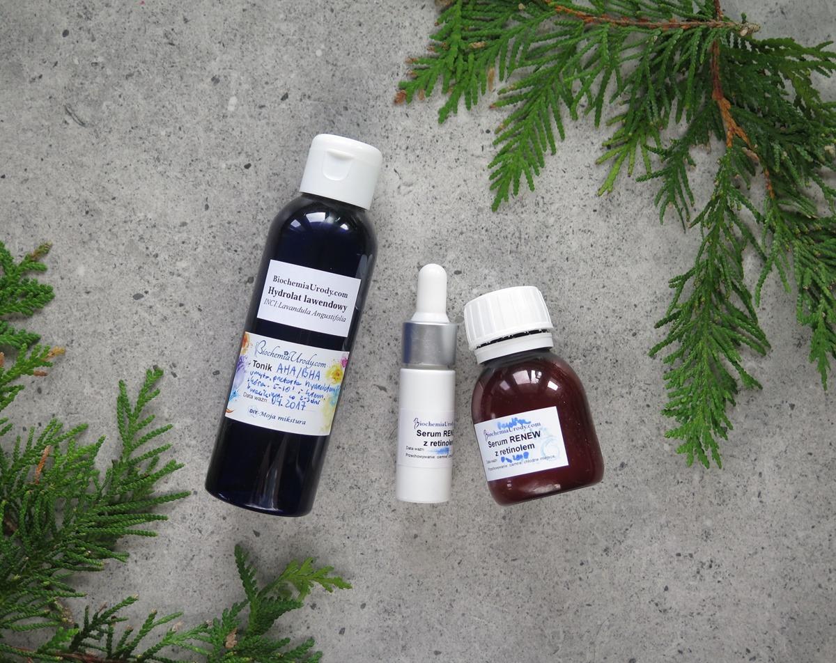 serum z retinoidami i tonik z kwasami AHA i BHA Biochemia Urody