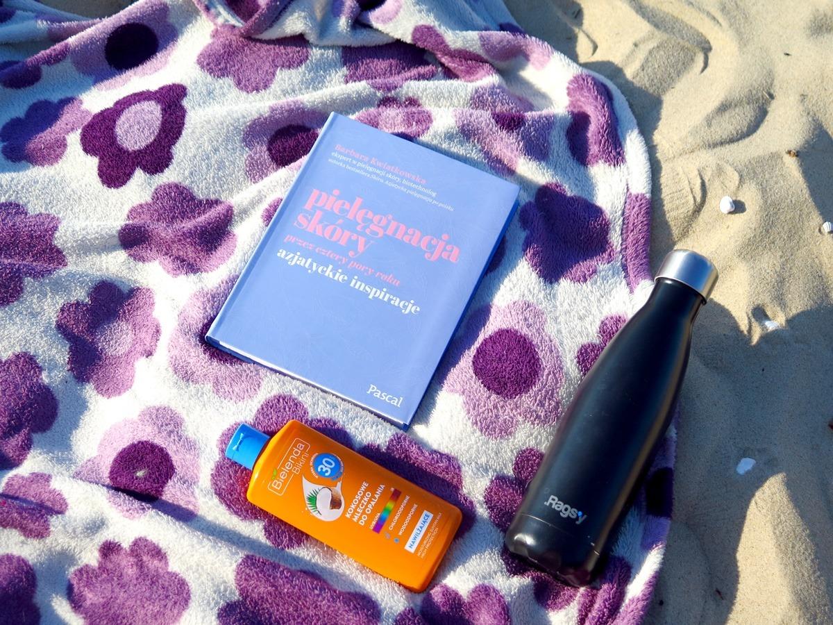 książka na lato na plażę blog pielęgnacja skóry
