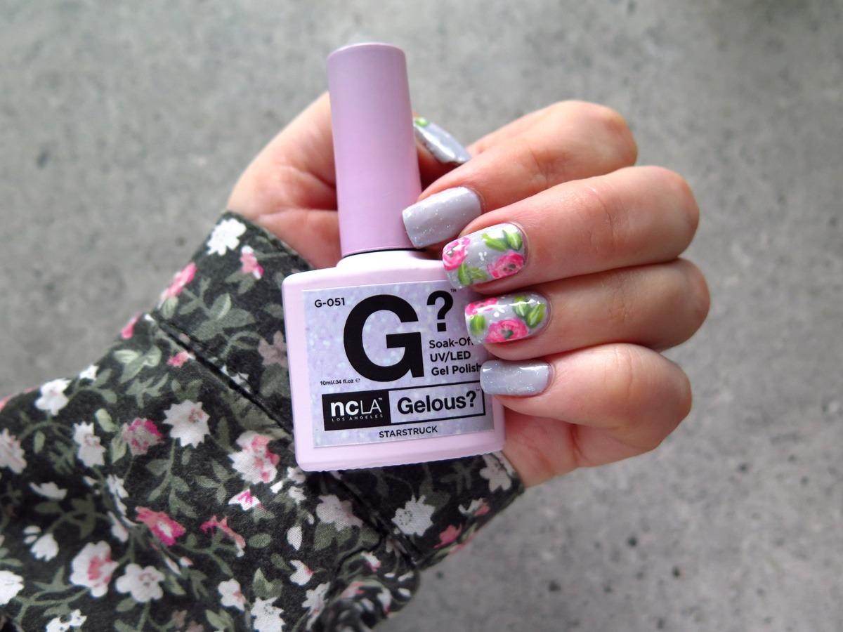 zdobienie paznokci na wiosnę w kwiaty, lakier hybrydowy NCLA