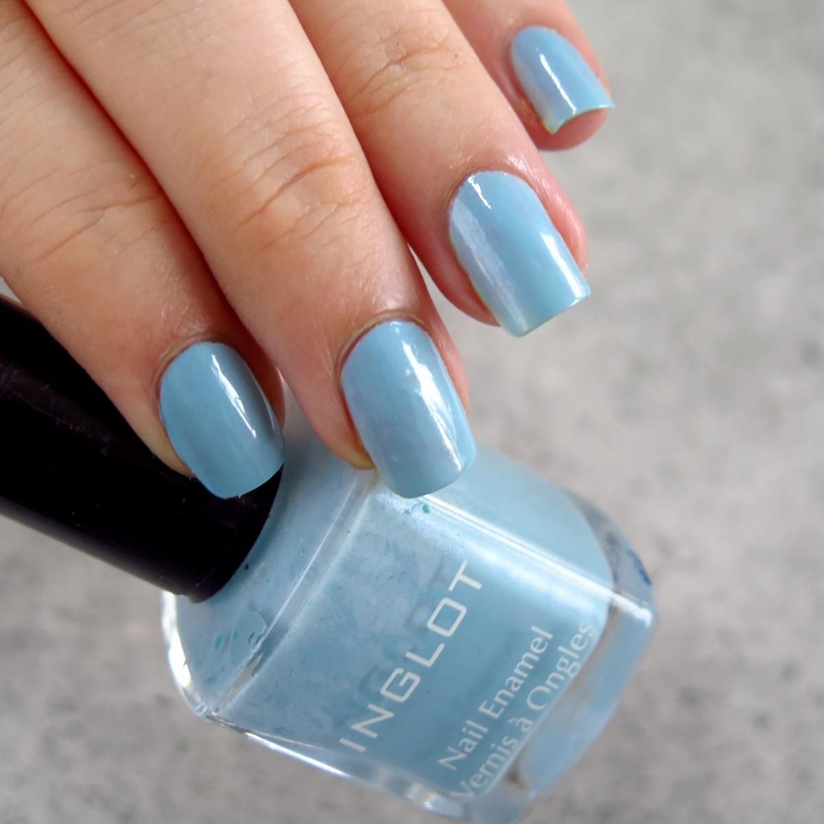 niebieski turkusowy lakier do paznokci inglot 397