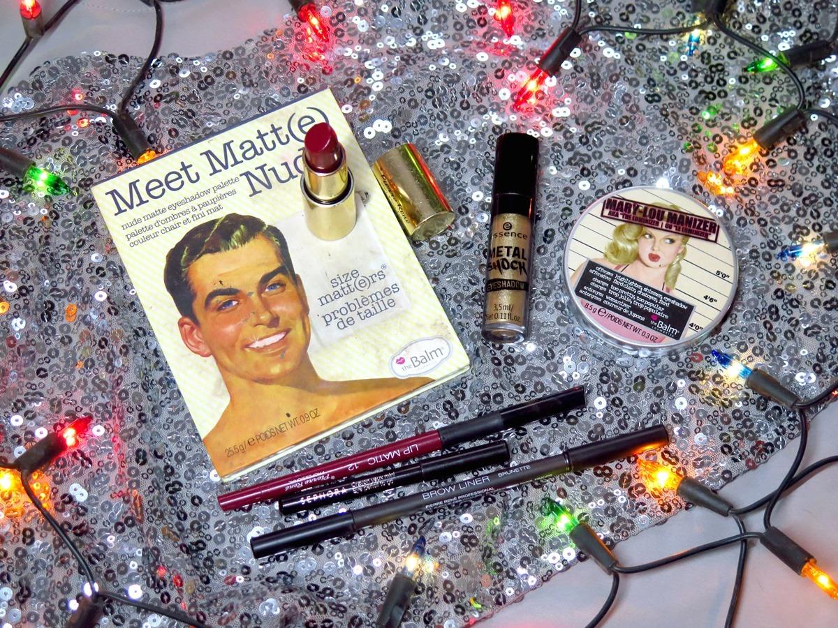 kosmetyki do świątecznego makijażu czerwona szminka złoty cień do powiek